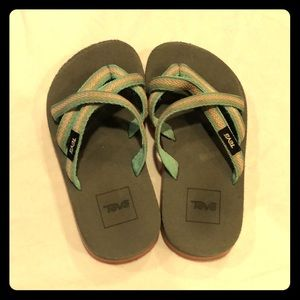 Girls Teva sandals